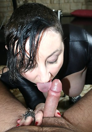 I make a pee in the champagne bucket and I suck my master who cum on my big tits.