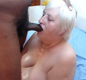 This black relly enjoys this kinky granny