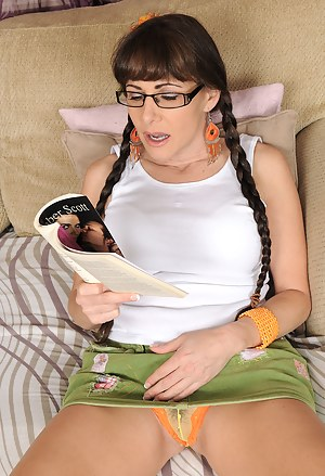 Horny 47 year old Alexandra Silk gets off after reading a dirty book