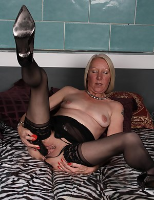 Horny blonde mature slut going all the way