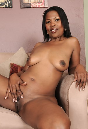 Mature and exotic Sapphire from AllOver30 strutting her fine black ass