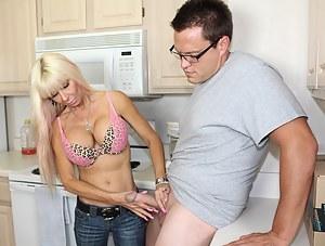 Hottie busty mom jerking off Bill
