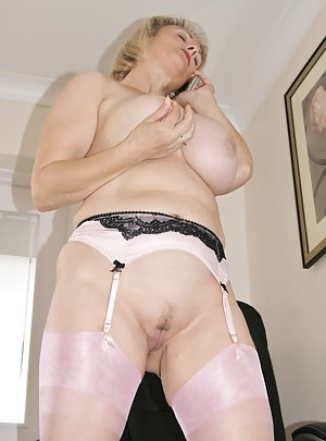 You will enjoy this update as I get to talk phone sex with a guy, he loves me talking really dirty to him and he loves g