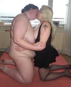 Chubby mature lesbians enjoying eachothers clit