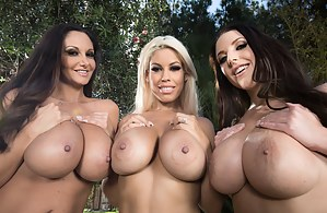 One might call this experience a reverse gangbang: so many beautiful babes just going crazy all over this dude's cock. What a lucky guy he is!