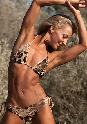 Eva Dawes, Bikini Body