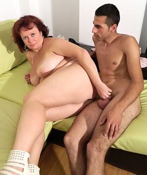 Naughty mature slut fucking and sucking a dude
