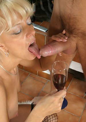 wet as hell mature cunt