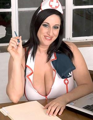 Kitty Lee Is Nurse Big Tits