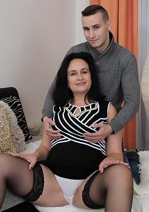 Chubby mature lady doing her horny toyboy