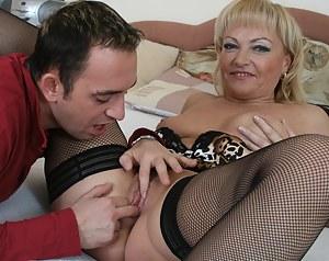 Hot MILF sucking and fucking her ass off