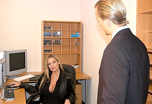 I was having such a miserable day. What's a girl to do when her man can't provide for her financially and sexually? I decided to have a little one on one with my very attractive boss. Maybe he would understand my troubles, I mean, I do...