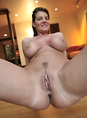 Astonishing Kayla Quinn takes part in a hot fuck scene shot in close up. Watch her reveal that chubby body before being nailed hardcore.