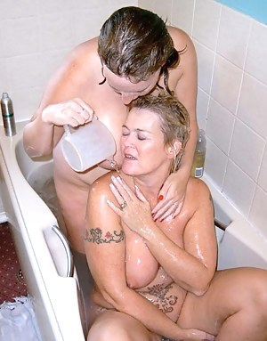 Of course, what's the best to have with bubbles in the bath Bubbly of course Claire xx