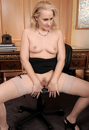 46 year old and horny Emerald Rose does some naughty stenography