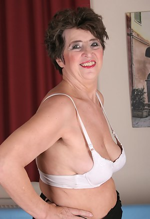 This housewife proudly shows off her body