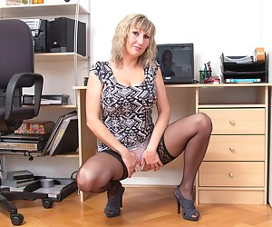 This hot housewife is ready to party on her own