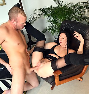 Lucky horny fellow drills a great willing chick hardcore