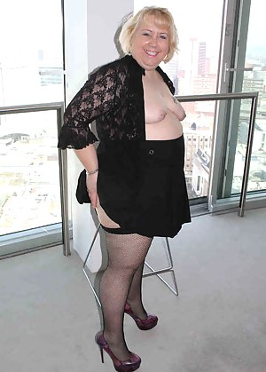 Hi Guys,I had arrived for a shoot in an apartment on the 10th floor, I just had to look out of the window, but forgot ho