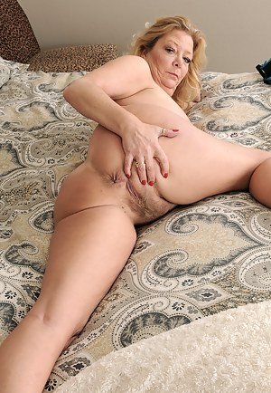 Bubbly 52 year old Karen Summer from AllOver30 in tight lingerie