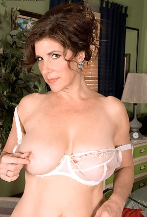 Screw The Housewife Image!