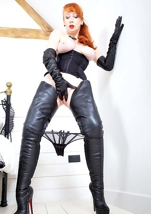 Thought it was time to break in My fabulous made to measure crotch high boots and matching long leather gloves.Being encased in the finest leathers was too much to resist and within no time I was on the bed, legs akimbo...