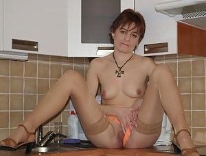 This lonely housewife gets the fuck of a lifetime