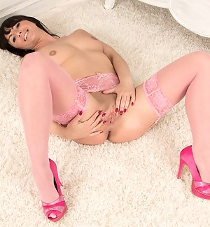 Mature babe Roxanne Cox naked in pink stockings.