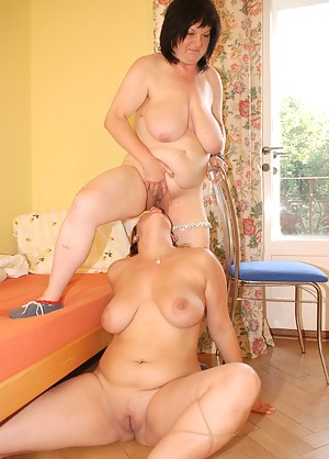 Bubblicious old and young lezzies get naughty