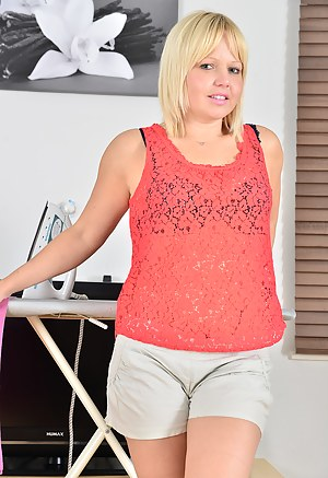 35 year old Sophie May from AllOver30 spreading her tight hot beaver