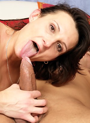 Horny mature lady fucked by her servant