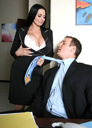 She grabbed him by his tie, trying to let him know that she wants some. The guy quickly undressed and started fucking her. Gave her a pearl necklace, too.