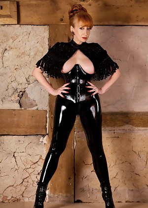 Dressed to kill in skin tight latex and killer heels I was ready with My whip for my next victim. Luckily he kept Me waiting, so I unzipped My access all areas leggings for a good fucking with the glass dildo handle...