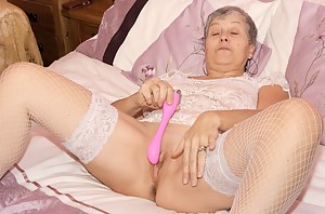 Hi Guys its time to play, you want to watch I have my New Pink Vibrator and I just cant wait to give it a try, It slides