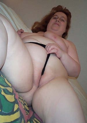 Big mature woman showing her kinky side
