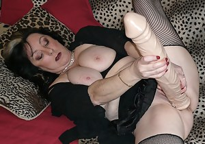 I play with 2 new monster dildos in my pussy