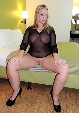 This hotwife needed to feel a bunch of cocks inside me so I had my husband call up some of my boys. They went to town on my pussy and ass for sure.  Stuffing my face, pussy and asshole they made me cum so fucking hard! After they were done with this marri