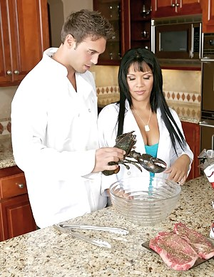 Well, it was plain to see which one of those cooks won't spoil the broth. Enjoy watching this Latina slut get her pussy fucked in the kitchen.