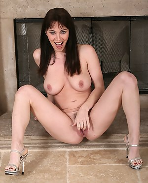 Elegant and mature RavVeness strips off her hot blue panties