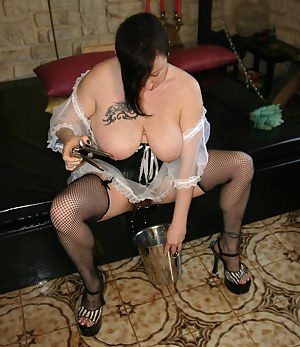 Second part where I dressed in french maid with my hairy pussy. I open my gaping pussy with a speculum and I make a big