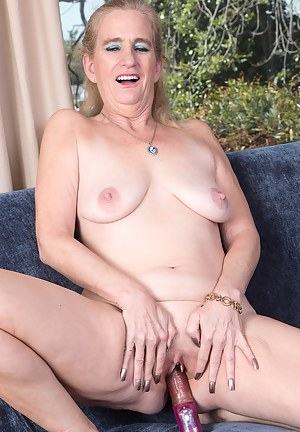 Blonde 52 year old Ray Lynn stuffing her mature hole full of toy