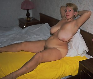 Mature housewife showing off big knockers