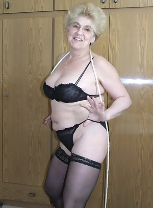 Kinky granny loves to get tied up