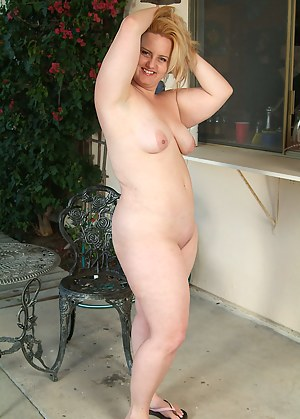 MILF Chubby Porn Pictures