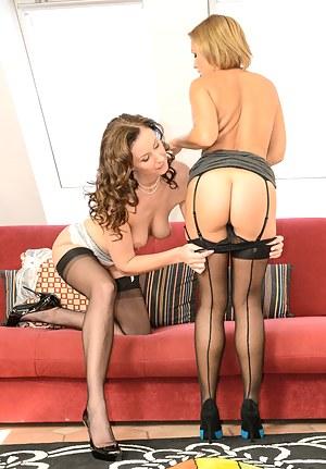 Lara and Sylvia lick pussy and play until screaming orgasm