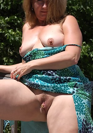 Devlynn shows off her squirting talents in the early morning sunshine.