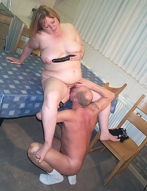 Mature couple getting filmed during their sexcapades