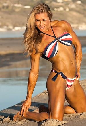 Bianca Vivadua, Amazing Muscular Beauty